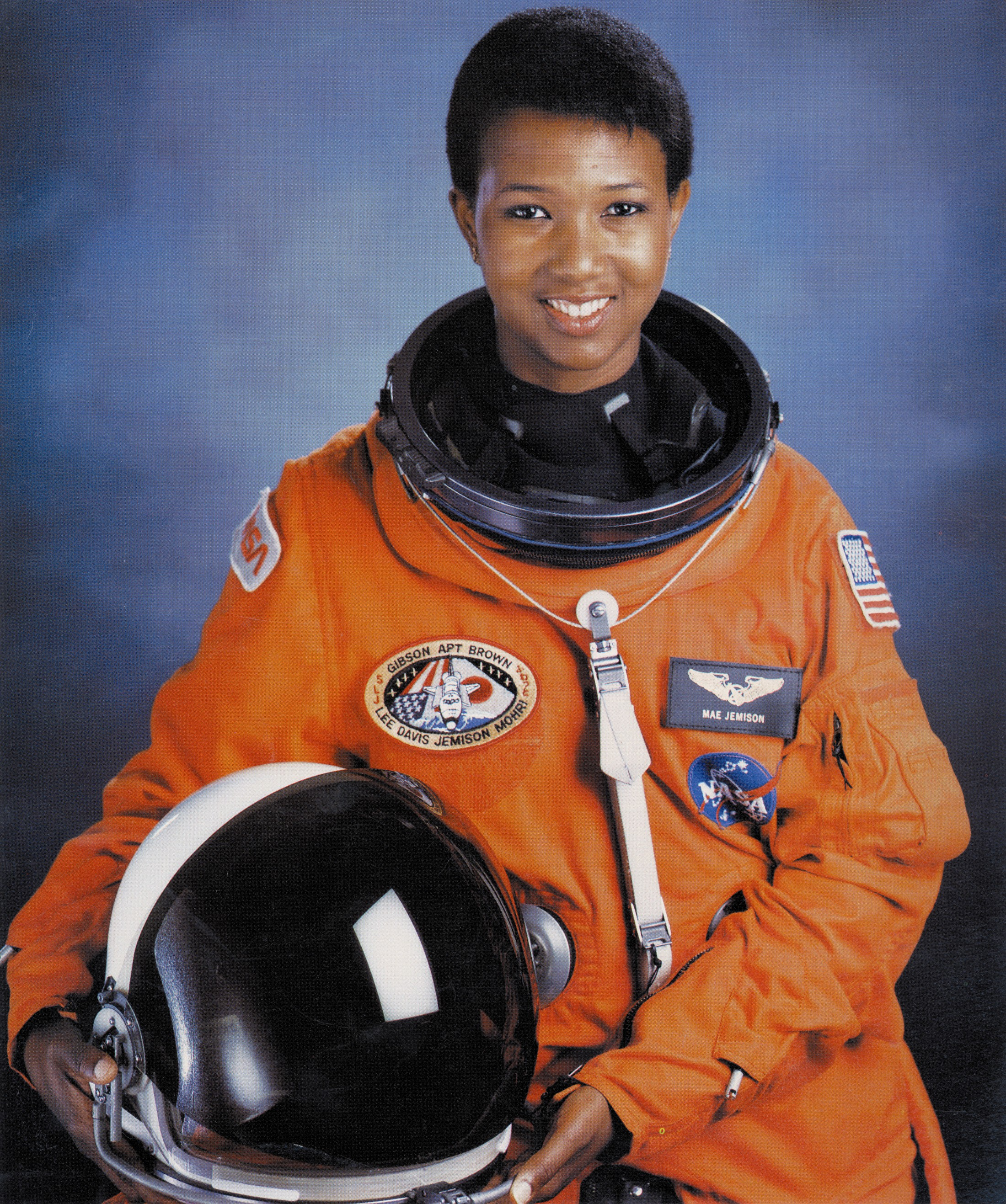 Dr._Mae_C._Jemison_First_African-American_Woman_in_Space_-_GPN-2004-00020-1.jpg