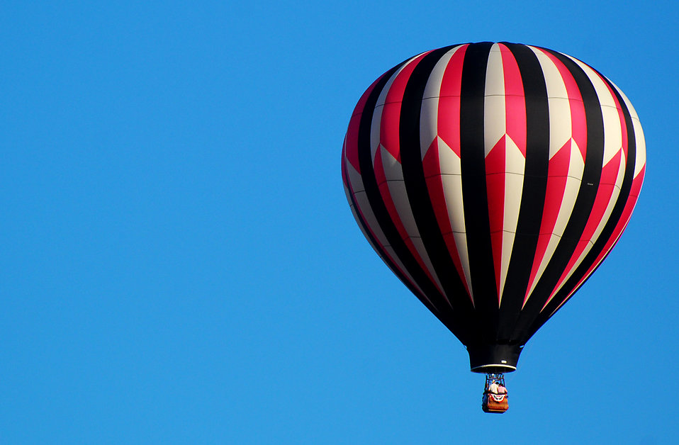 10013-a-hot-air-balloon-in-a-blue-sky-pv.jpg