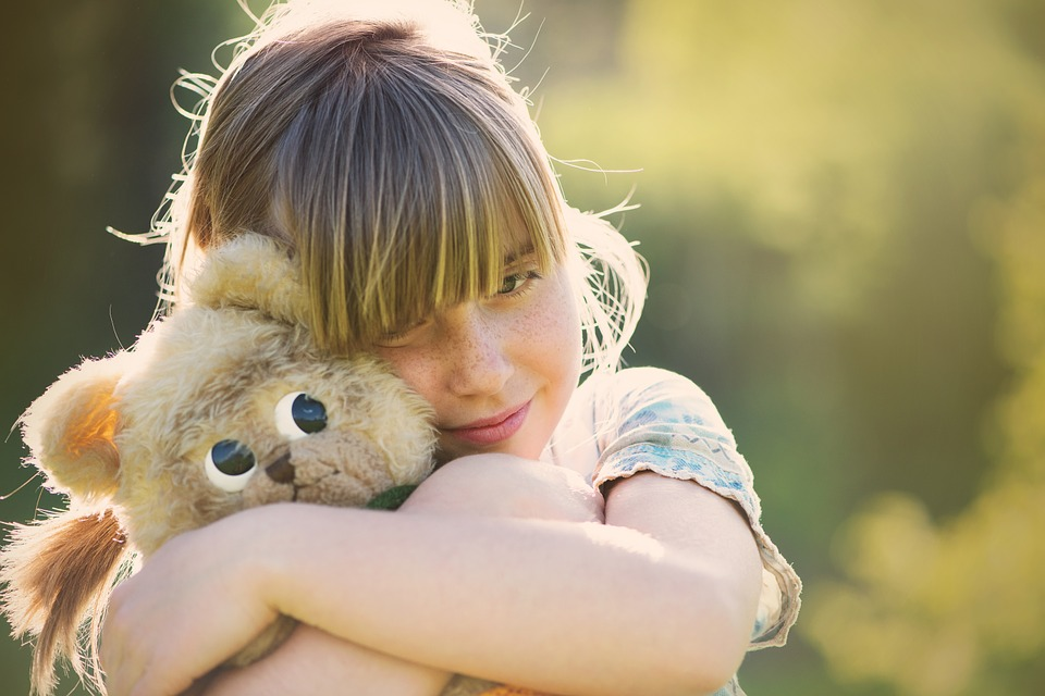 girl with teddy bear 2.jpg